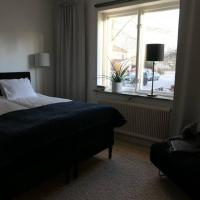 Lägenhet i tvåfamiljshus på lugna Södermalm