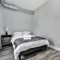 New condo in downtown Kingston - close to RMC and Queens
