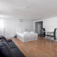 Central Top Floor Studio Flat by Oxford Street