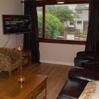 3 bedroom pet friendly house (NC500)