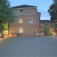 Wokingham - Large 2 bedroom Apartment, Hotel in Wokingham