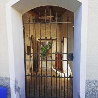Casa Olmi, hotel a Castiglione d'Intelvi