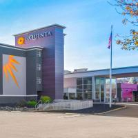 La Quinta by Wyndham Clifton/Rutherford, hotel in Clifton