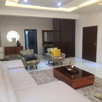Tastefully furnished 3 bedroom luxury apartment