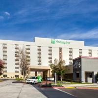 Holiday Inn La Mirada near Anaheim, an IHG hotel, hotel sa La Mirada