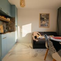 BlueMint Apartamenty przy plaży, hotel in Debina
