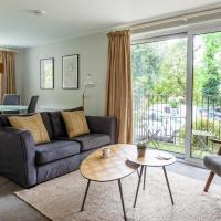 Luxury 2 Bedroom City Apartment in Bath's Artisan Quarter