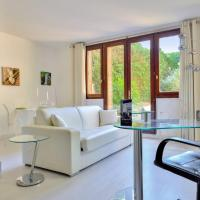 Design flat with private garden close to the Palace of Versailles - Welkeys