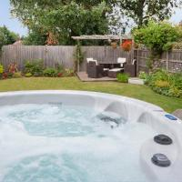Woodlea House with Hot tub