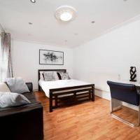 Studio Size Room with Garden (Haggerston/London Fields)