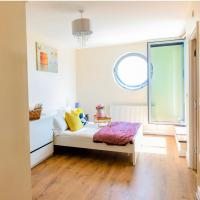 2 Bed SE London Apt, near LCY and River Thames