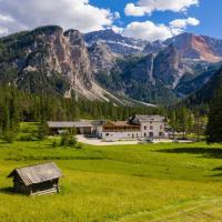 Alpin Natur Hotel Brückele, hotel en Braies