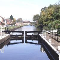 Enfield Lock Business stay house, hotel in Enfield Lock
