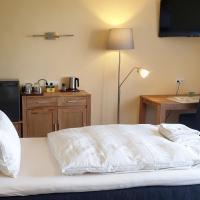 Bed and Breakfast am Höhenweg, отель в городе Варштайн