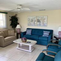 Island House Beach Resort 27, hotel in Point O'Rocks