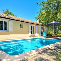 Beautiful home in St.Paul Trois Chateaux w/ Outdoor swimming pool, WiFi and 4 Bedrooms