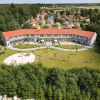 HOLIDAY PARK KACZE STAWY – hotel w mieście Nowecin