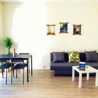 Adnana - Blokhus Living - yellow apartment, hotel in Blokhus