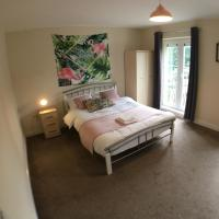 Blackberry house holiday home, comfy beds and netflix TVs