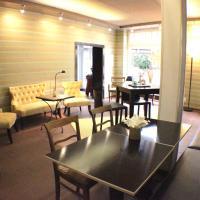 Apartmenthaus FHS Aennchenplatz 4