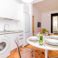 Bello Apartamento en Centro de Madrid, C/Infantas 1-3 by Batuecas