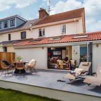 Littlefields - Stylish, Modern Cottage With Large Garden, Close To Beach