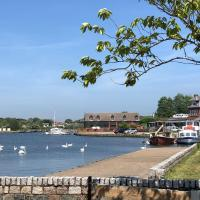 Swan View, Oulton Broad