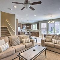 Luxury Downtown Moab Townhome with Pool Access!