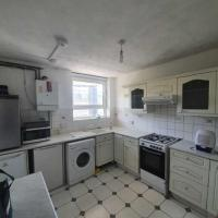 Spacious rooms in Lovely Maisonette