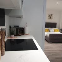 Wildly interesting. 1 bedroom serviced apartment