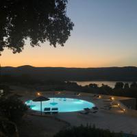 Hotel Valkarana Country Relais, hotell i Sant Antonio Di Gallura