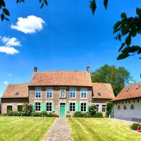 Superb Listed House & Hotspot Blauwpoort, hotel in Heuvelland