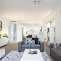 Family Size Apartment Close to Westmead Hospital, hotel in Sydney