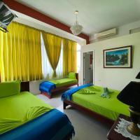 Hostal Puerto Azul, hotel em Manta