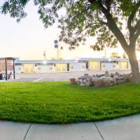 Blue Sage Inn & Suites