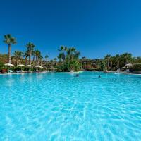 Acacia Resort Parco Dei Leoni, hotel in Campofelice di Roccella