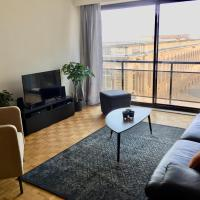 Rustig appartement met zeezicht dicht bij het centrum