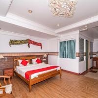 OYO 89864 Hotel Holiday Park, hotel in Kota Kinabalu