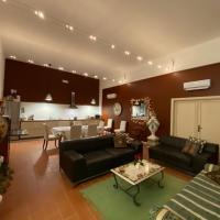Lenzi's Bottega and Gallery Suites, hotell i Vicopisano