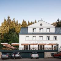 Hotel Orlík, hotel en Teplice nad Metují