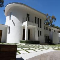 NEW 6 Bedroom Modern Malibu Home with Ocean View