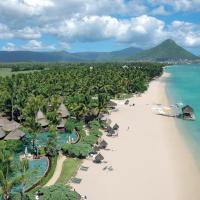 La Pirogue A Sun Resort, hotel en Flic en Flac