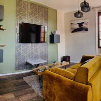 Sublime vue, standing, spacieux, atypique, hotel in Muret