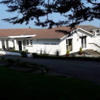 At Cedar Lodge Apartment, hotel in Ramsey