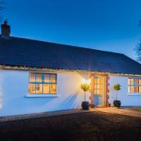 Duneden Cottage and Grounds, hotel in Randalstown