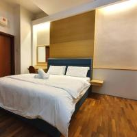 THE HERITAGE SERVICED RESIDENCE [THE MINES] HOMESTAY Studio 3Pax, FREE WIFI View calendar