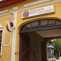 Hunyadi Panzió-Apartman, hotel Makón