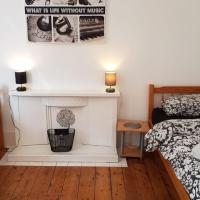 Twin room close to town centre in Bournemouth