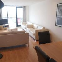 Glasgow Central Riverview Luxury Apartment (Sleeps upto 8)