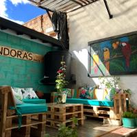 Friendly workspace, Coliving community, Strategic location, reliable Wifi, hotel in Envigado